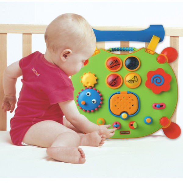 Игрушки для ребенка в 9 месяцев своими руками8